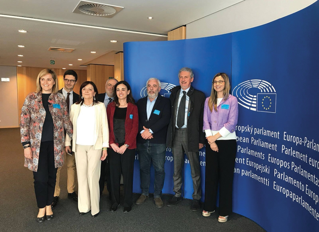 "La delegazione italiana durante la presentazione di ""Food for Good"" al Parlamento Europeo_2"