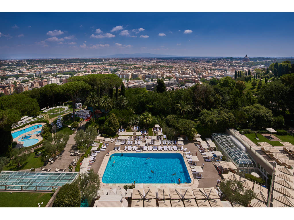 Rome Cavalieri daytime view over Rome from hotel terrace_2