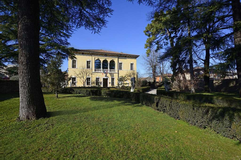 Villa Quaranta Wine Hotel And Spa