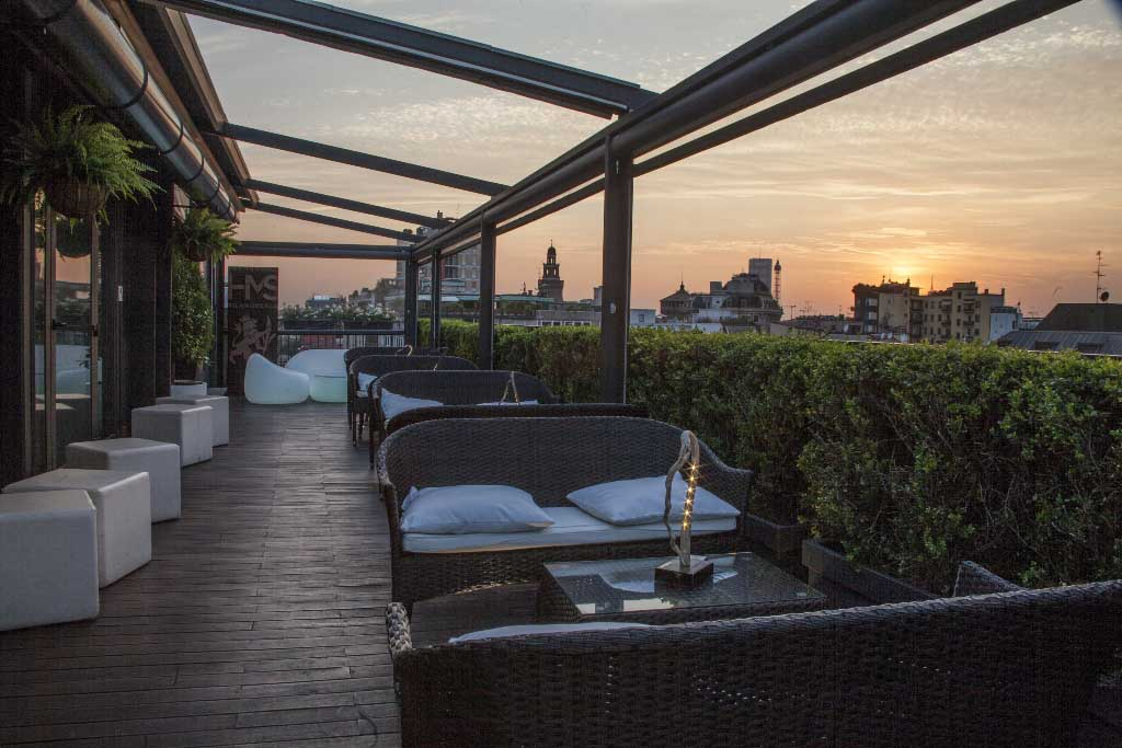 "Sky Terrace Bar Milano Scala: la terrazza panoramica ""green"" con ..."