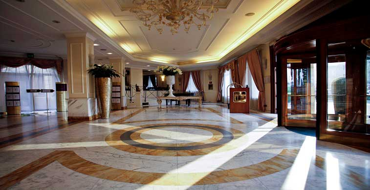 Grand Visconti Palace_location_Lombardia_7