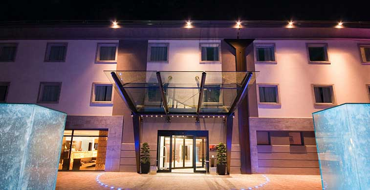 Winter Garden Hotel_location_Lombardia_1